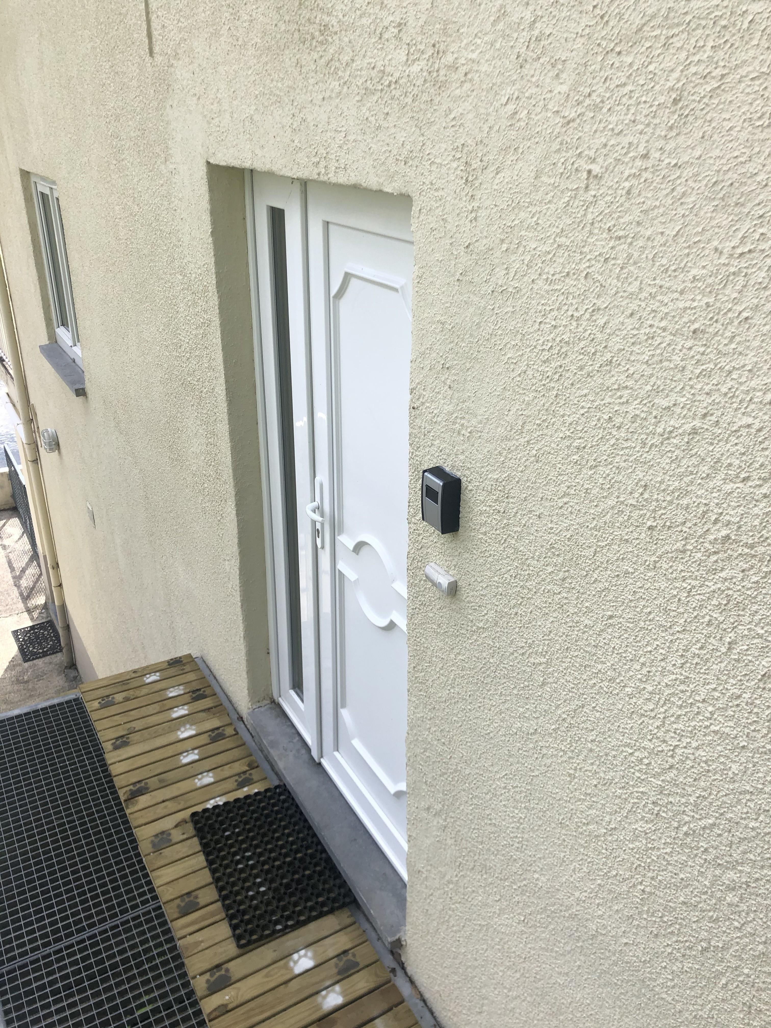 porte d'entrée appartement II